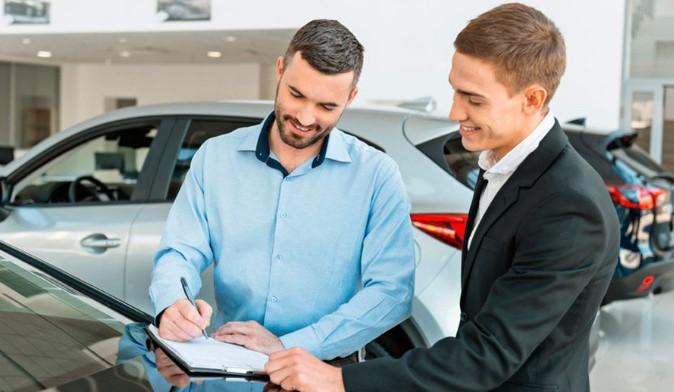 Factura en la venta de automóvil